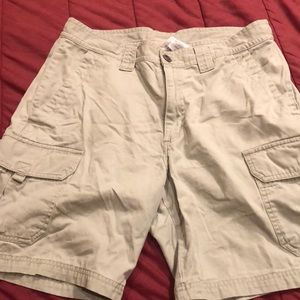 Columbia Mens size 34 Cargo shorts 8 inch inseam
